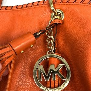 Michael Kors Bags - Michael Kors Bennet Whip Stitch Hobo Bag Crossbody
